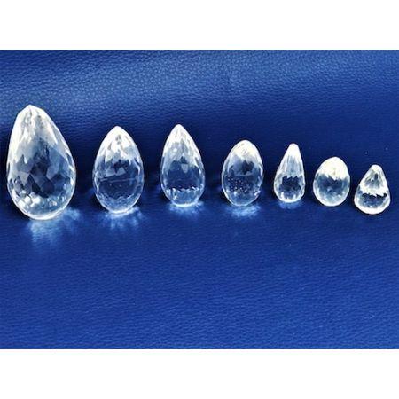 Cône de pierres  Cristal de roche Facetté