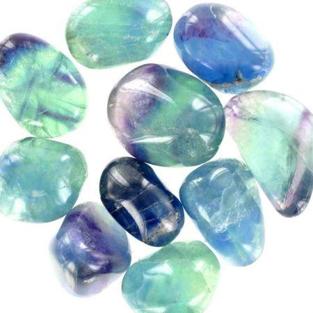 Poids du lot de fluorine bleue : 150 gr. 10 pierres env.
