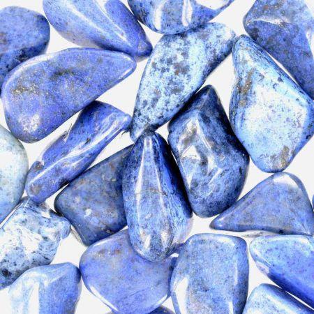 Poids du lot de dumortiérite : 250 gr. 25 pierres env