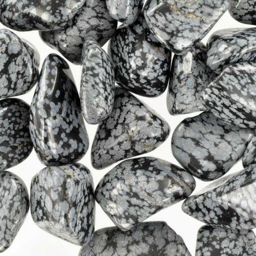 Poids du lot d'obsidienne : 250 gr. 25 pierres env.