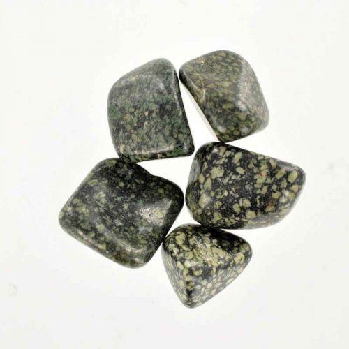 Poids du lot de porphyre: 50 gr. 5 pierres env