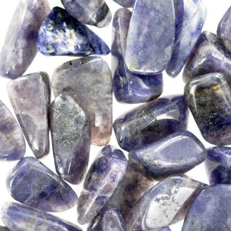 Poids du lot de Iolite- cordiérite: 200 gr. 31 pierres env