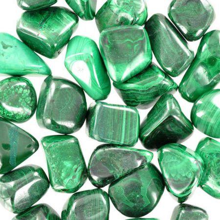 Poids du lot de malachite : 250 gr. 30 pierres env.