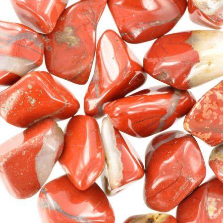 Poids du lot de jaspe rouge : 250 gr. 24 pierres env.