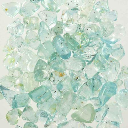 Poids du lot de topaze bleue : 100 gr.  70 pierres env.