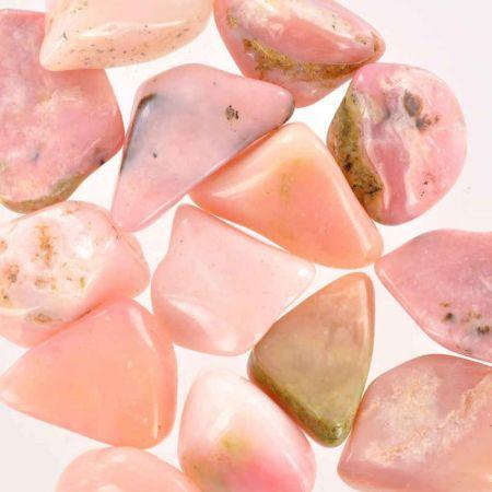 Poids du lot d'opale rose : 100 gr. 14 pierres env