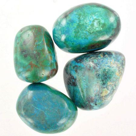 Poids du lot de chrysocolle extra: 150 gr. 4 pierres env.