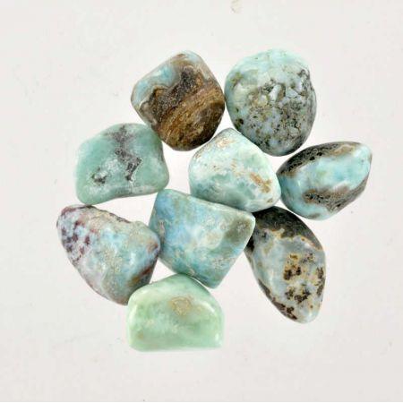 Poids du lot de larimar: 50 gr. 9 pierres env.