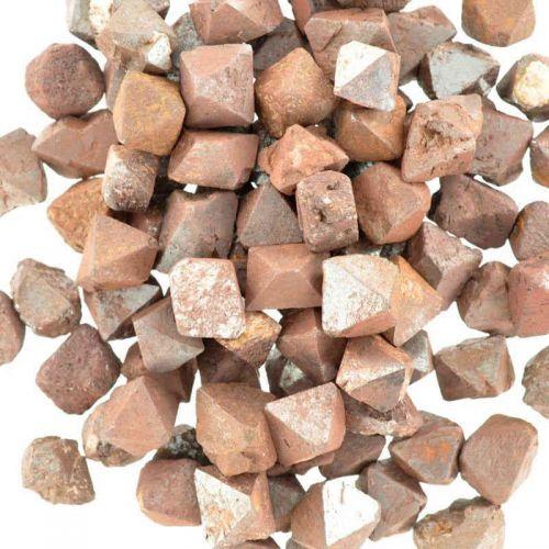 Poids du lot de magnétite brut : 250 gr. 80 pierres env.