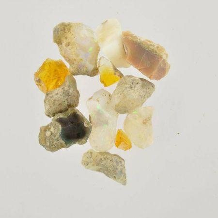 Poids du lot d'opale brute : 15 gr. 10 pierres env.