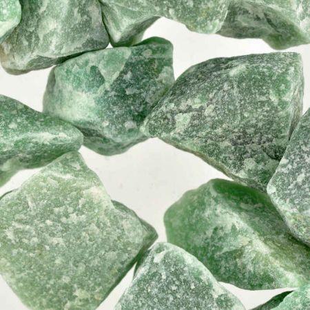 Poids du lot d'aventurine verte : 500 gr.  18 pierres env.