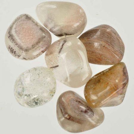 Poids du lot de quartz fantôme: 100 gr. 7 pierres env.