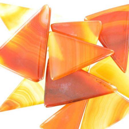 Poids du lot d'agate triangle : 90 gr. 11 pierres env.