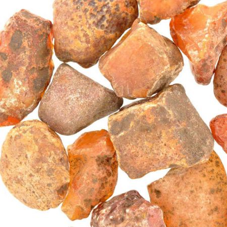 Poids du lot de cornaline brute : 250 gr. 16 pierres env.