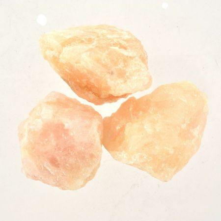 Poids du lot de morganite brute : 100 gr. 3 pierres env.