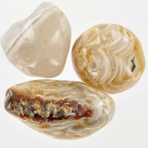 Poids du lot d'agate à eau : 115 gr. 3 pierres env.