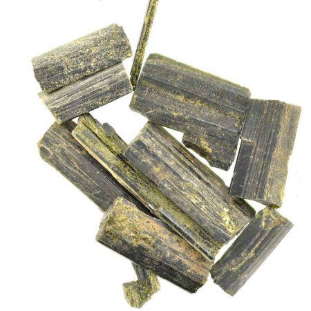 Poids du lot d'épidote : 50 gr. 9 pierres env.